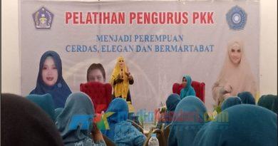 Pelatihan Pengurus PKK Kendari Resmi Di Bukan Oleh Plt Walikota Kendari