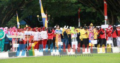 Ketgam : Peserta pekan olahraga Dharma Wanita di Sultra. (Foto : ewit Dinas Kominfo Sultra for mediakendari.com)