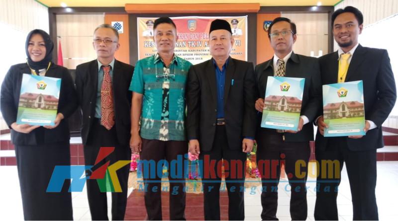 Foto bersama usai kegiatan penutupan DiklatPim IV