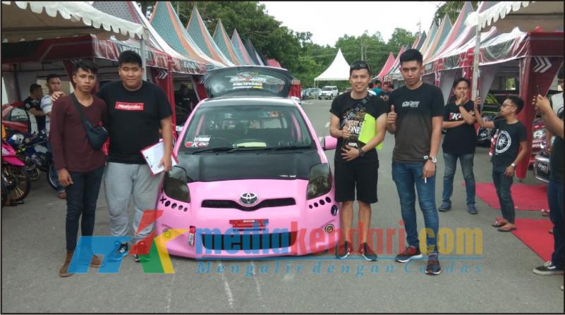Salah satu mobil yang mengikuti Auto Contest