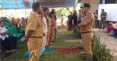 Wakil Bupati Konawe (kanan) saat meminta komitmen perwakilin para penyuluh untuk mendukung sejuta ton beras, Senin (7/1/2019)