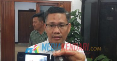 Pelaksanaan tugas (Plt) Walikota Kendari Sulkarnain Kadir