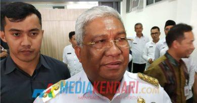 Gubernur Sultra, Ali Mazi. (Foto : Rahmat R.)
