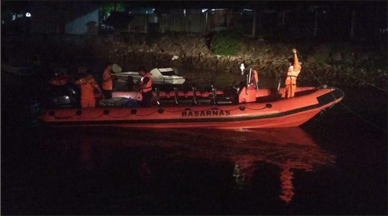 Tim Rescue Pos SAR wakatobi sementara menuju tempat longboat mati mesin pada Rabu (9/1/2018) malam. (Dok.Basarnas Kendari)