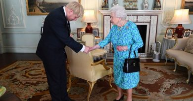 Ratu Elizabeth II Setuju Cegah Brexit Tanpa Perjanjian
