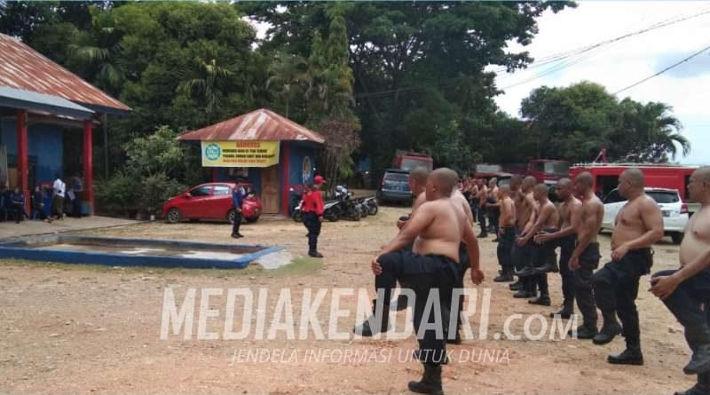 Anggota Damkar dari Lima Daerah Latihan Bersama di Kota Kendari