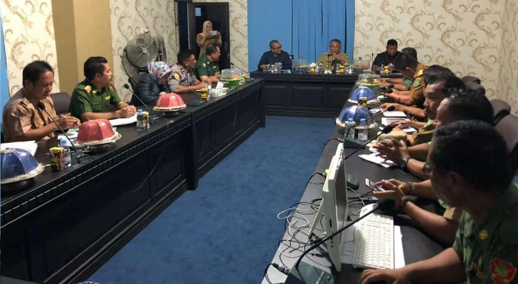 Rapat koordinasi yang dipimpin Bupati Konawe, Kery Saiful Konggoasa. Foto: MEDIAKENDARI.com/Muh. Ardiansyah R