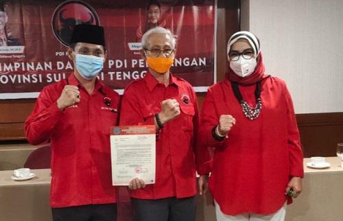 Calon Bupati Wakatobi H. Haliana, Ketua DPD PDIP Sultra Lukman Abunawas