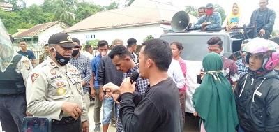 Desa Tira Kecamatan Sampolawa