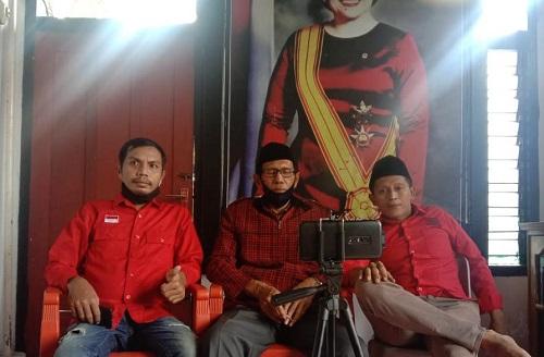 sekretaris Bid. Eksternal Suprianto, Ketua DPC PDI Perjuangan Wakatobi H. Arifudin Rasidy, Sekretaris Bid. Internal Asran Agus.