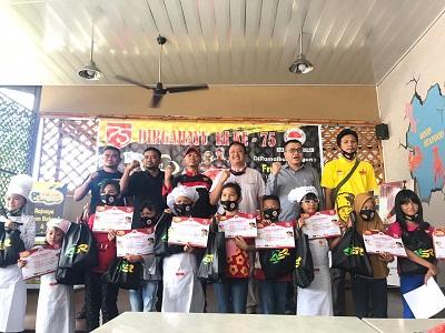 Foto bersama para peserta