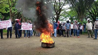 Massa Demonstran